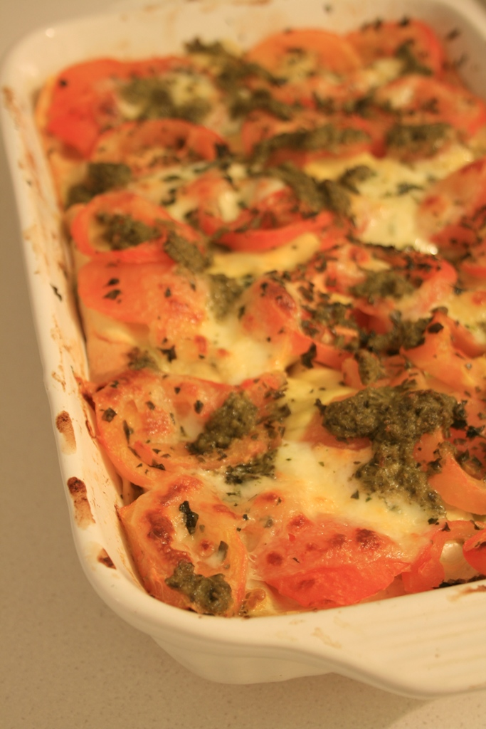 Lasagnes tomates-mozza pesto