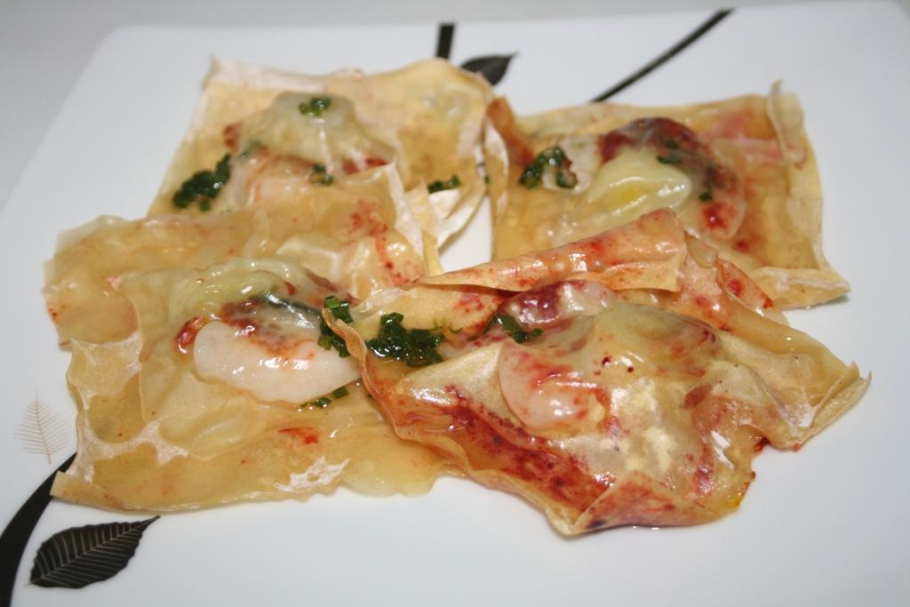Raviolis de crevettes au curcuma