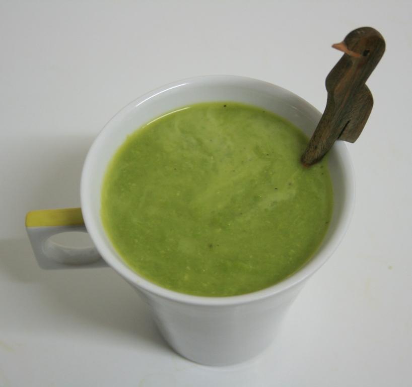 Soupe de petits pois au galanga