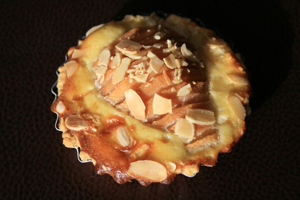 Tartelettes aux poires et amandes